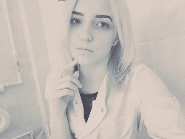 Юлия в больнице, красавицы, красотки, медицина, медсестра, медсёстры, первая помощь