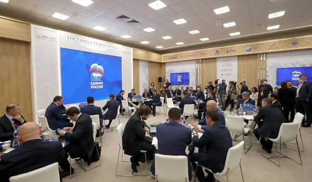 """""""ЕР"""" помогает регионам выполнять поручения президента по развитию инфраструктуры"""