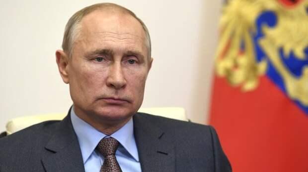 """""""Предлагаю включить в план"""": Путин придумал, как спасти российскую экономику"""