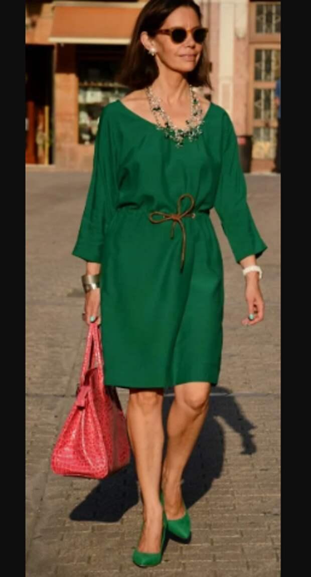 Как в 60 лет не выглядеть молодящейся бабушкой и при этом выглядеть стильно