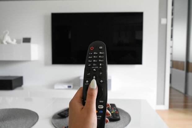 На 3 меньше: несколько российских телеканалов не будут больше вещать в Белоруссии