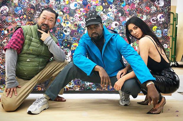 Ким Кардашьян и Канье Уэст улетели в Японию