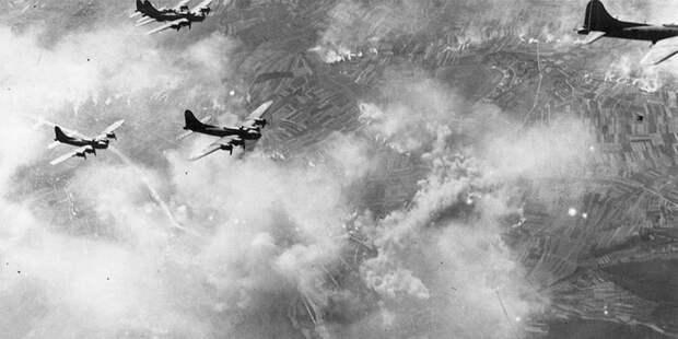 Ад над Германией: самый огромный провал «летающих крепостей»