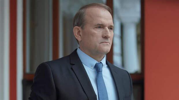 Медведчук приехал на допрос в Генпрокуратуру Украины и заявил о готовности к аресту