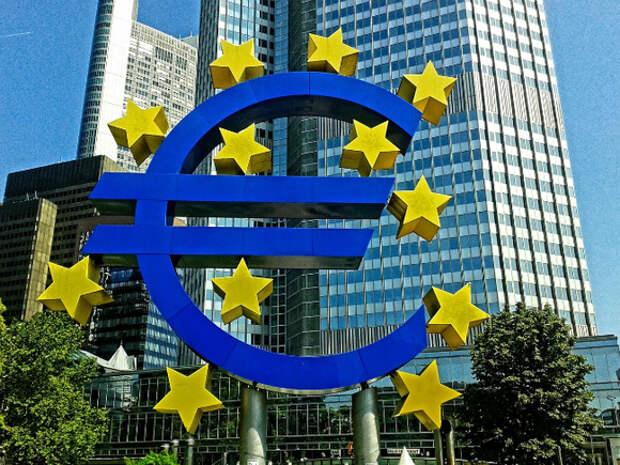 Сводный индекс доверия в еврозоне вырос до многолетнего максимума