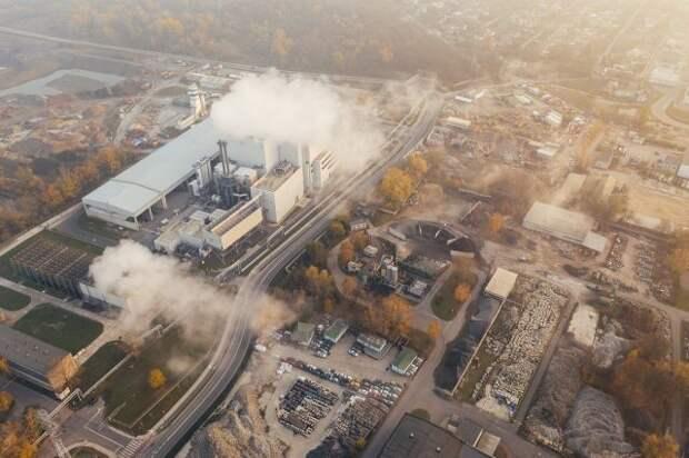 Госдума приняла закон об ограничении выбросов парниковых газов