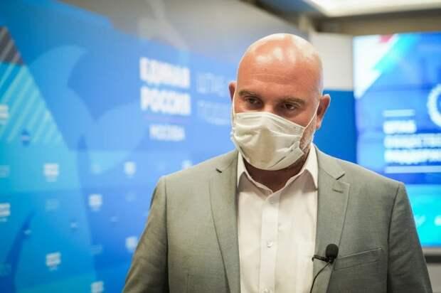 Баженов призвал москвичей регистрироваться на дистанционное голосование в Думу