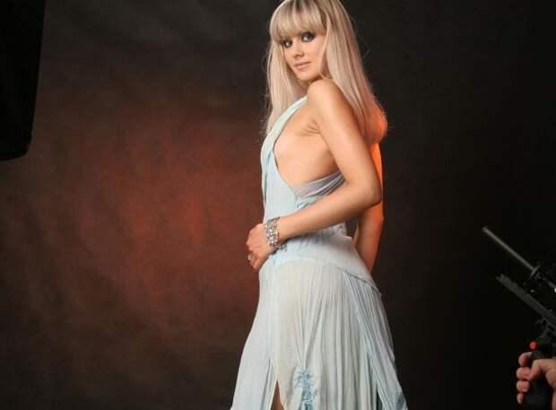 Певица Натали в новом имидже резко постарела