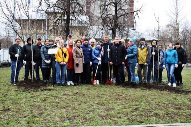 Сотрудники Кадастровой палаты по Москве приняли участие в общегородском весеннем субботнике