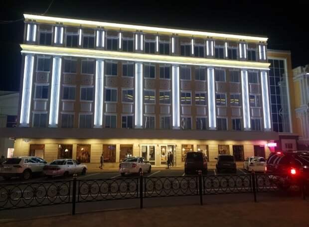 Здание 60-х годов постройки в Ставрополе защитили от града