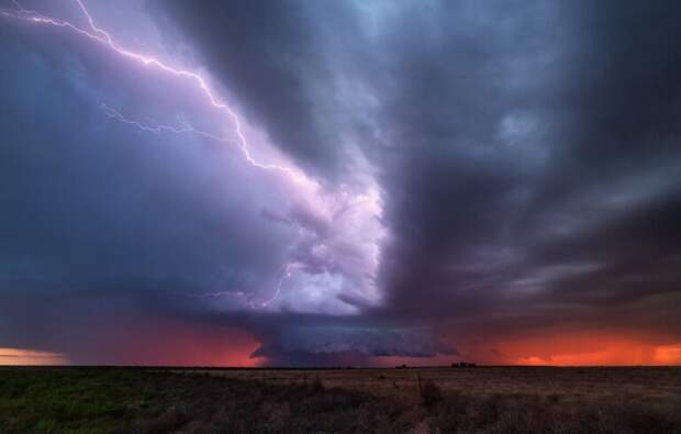 На Саратовскую область надвигаются шторм, ливень и грозы