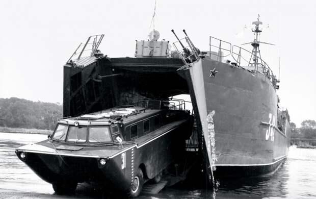 Автомобиль ЗИЛ-135 – уникальная советская разработка