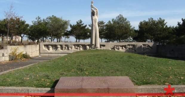 В Симферополе Мемориал жертвам фашизма отбили у застройщика