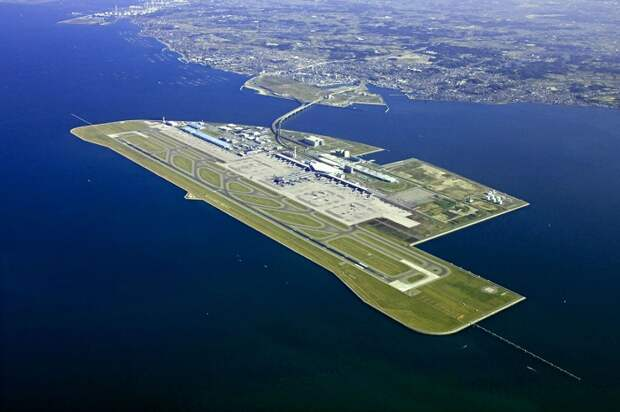 Кансай - самый длинный аэропорт в мире.