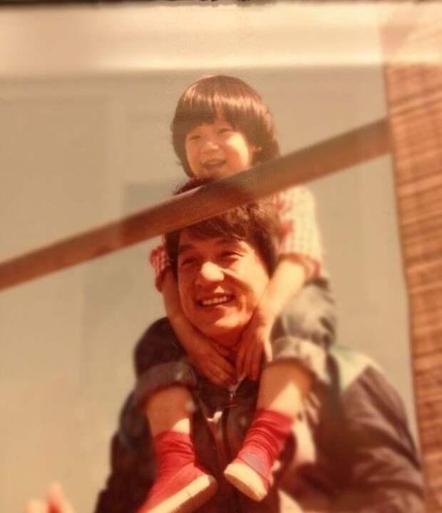 Джеки Чан и Джоан Линь: История всепобеждающей женской мудрости, всепрощения и бесконечной любви Любовь, джеки чан, семья