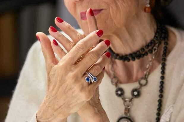 Бижутерия для женщин зрелого возраста. Её носить можно и нужно