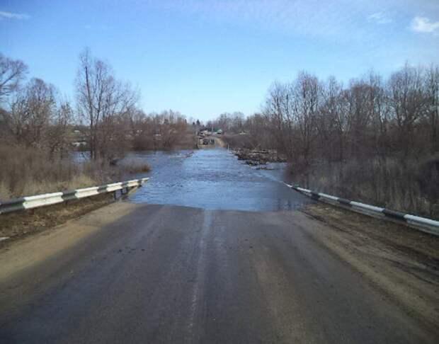 В Ачинском и Бирилюсском районах закрыли из-за паводка две дороги
