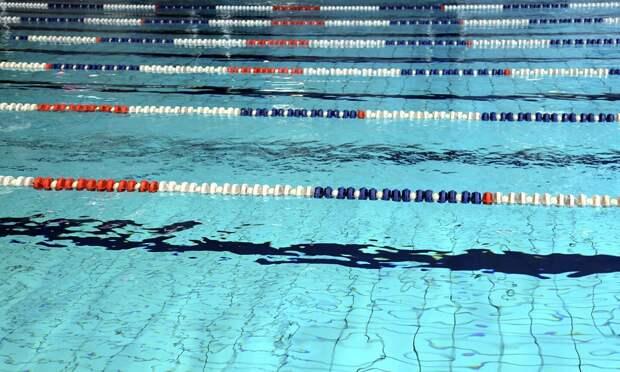 Пожилой житель Воткинска умер во время тренировки в бассейне