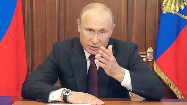 Владимир Путин назвал варварством стрельбу в школе в Казани