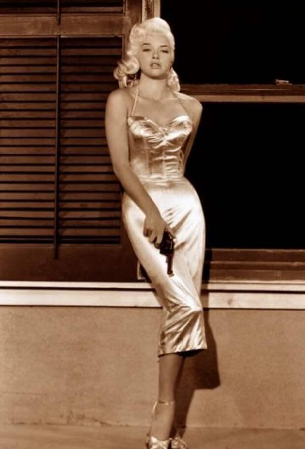 Диана Дорс - британская Мэрилин Монро.