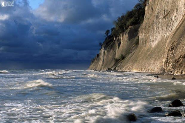 На море, на окияне, на острове, на …Руяне (Сказы Тарха Перуновича)