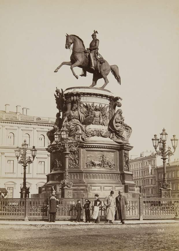 Санкт-Петербург в фотографиях конца XIX - начала XX века