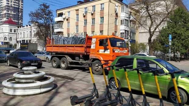 В Ростове перекрыли пешеходную зону на Театральной площади