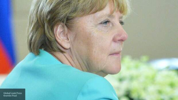 Провал вакцинации в Германии серьезно подорвал позиции партии Меркель
