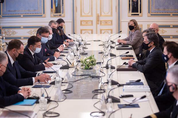 «Они везде»: Зеленский пошутил про русских на встрече с Блинкеном