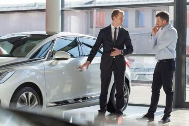 Продажи новых автомобилей в России в 1 квартале снизились на 2,8%