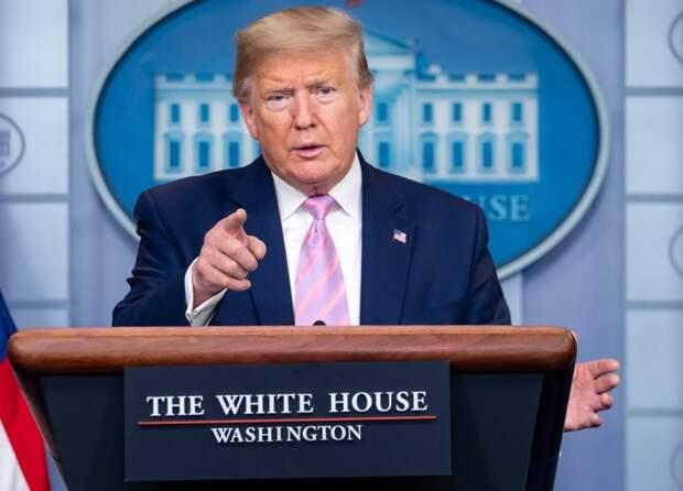 Трамп объявил о начале поэтапной отмены самоизоляции в США