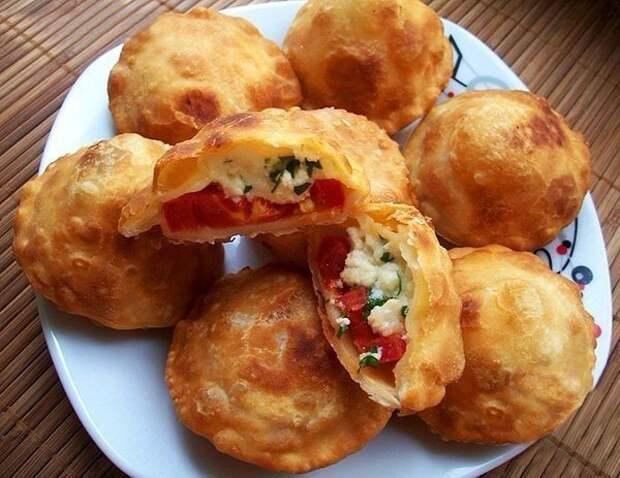 Жареные пирожки «Бомба» из заварного теста на кефире