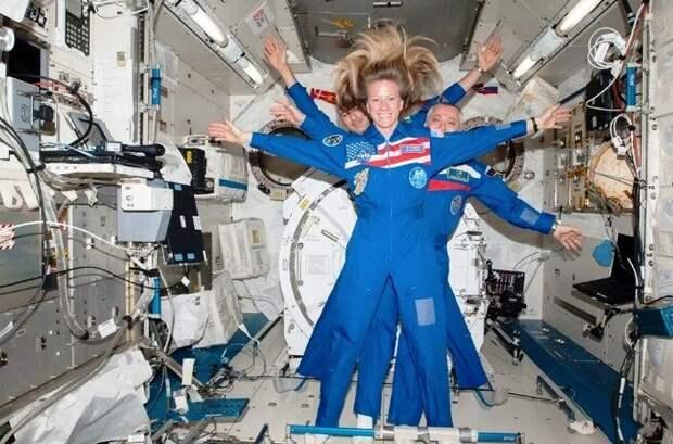 Астронавт НАСА Карен Найберг предпочла бы лететь на «Союзе», чем на «Crew Dragon»