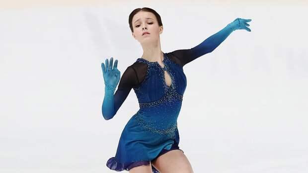 Щербакова победила в короткой программе на командном ЧМ, Туктамышева — 2-я, Кихира — 4-я