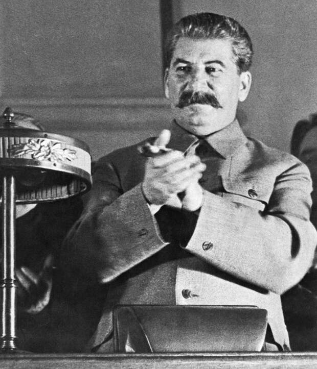 7 самых популярных легенд о Сталине