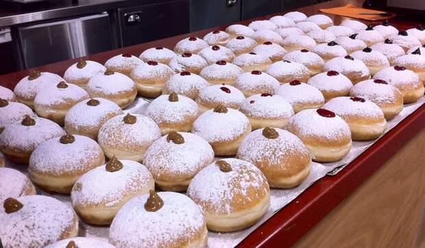 Как приготовить пончики «Суфгания» на Хануку дома