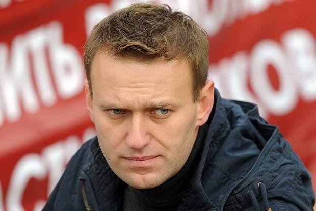 Навальный приговорён к 3,5 года тюремного заключения