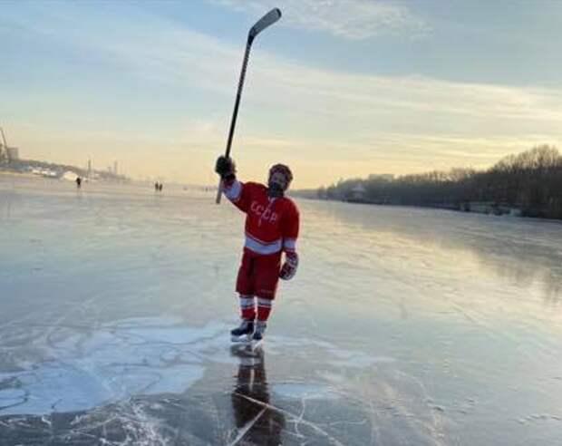 Школьник в парке «Северное Тушино» спас друга, провалившегося под лёд