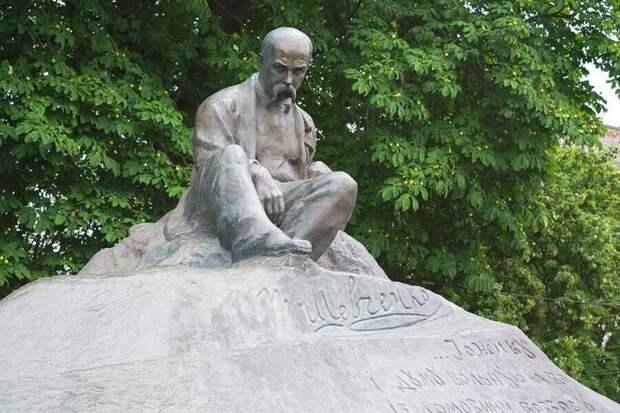 До большевиков о Шевченко на Украине никто не слышал