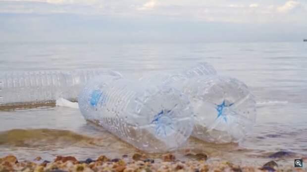 Видео: Почему мы не видим 99% океанического пластика