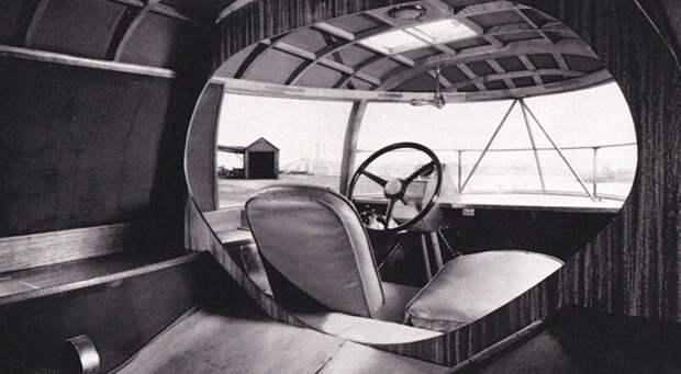 Аскетичный интерьер «Димаксиона» с левым рулем и продольными лавками для пассажиров авто, автомобили, атодизайн, дизайн, интересный автомобили, олдтаймер, ретро авто, фургон