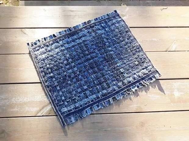 Как сделать стильные коврики для дома из джинсы
