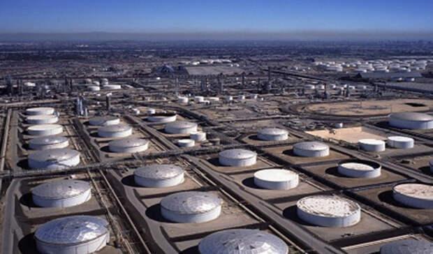 Запасы нефти вСША снизились занеделю на5,2млн баррелей