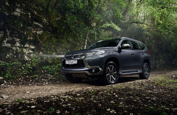 Mitsubishi снизила в России цены  на Pajero Sport