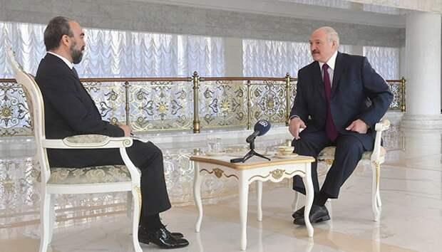 Лукашенко — про второй тур в Украине: Думаю, что выиграет Порошенко