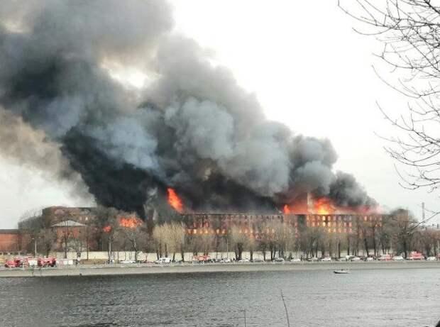 На сгоревшей Невской мануфактуре находили нарушения, но она продолжала работать