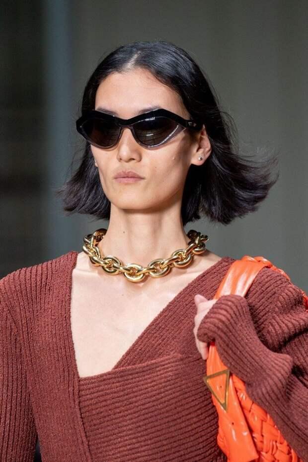 Сборки, бахрома, цепи: модные детали зимы 2020-2021