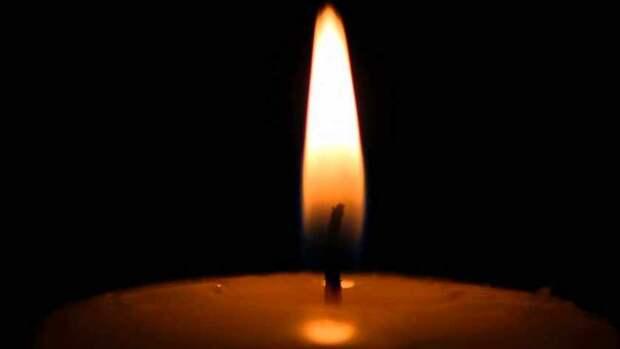 На глазах у трехлетней дочери: Страшной смертью погибла известная 27-летняя телеведущая