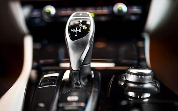 Новый стандарт обучения в автошколах (не у нас) - только на «автомате»