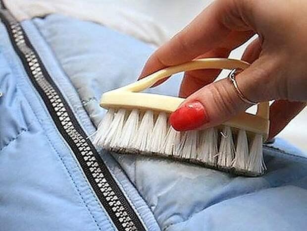 Как удалить пятна с дубленки, шубы, пуховика